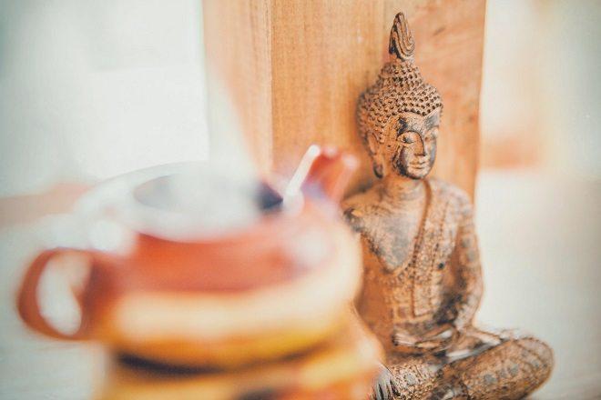 Будда с чаем
