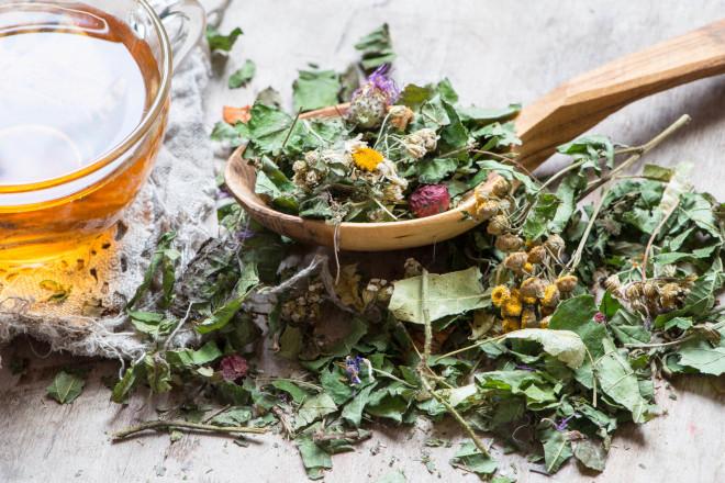 Лечебный чай состоит из 16 трав, которые позитивно и комплексно воздействуют на все органы организма человека