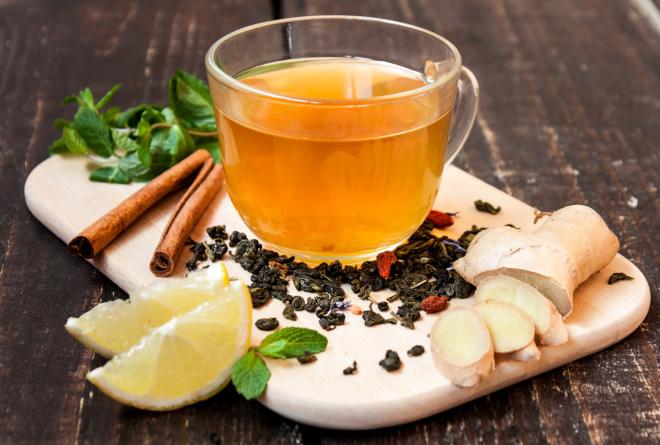 Суточный объем имбирного чая для матери не должен превышать 1 стакан