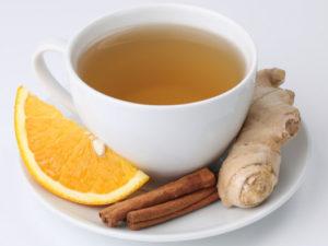 Имбирный чай с добавлением корицы может быть не просто обычным напитком, но и лекарственным средством