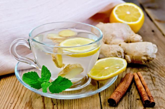Имбирно-лимонный напиток может приносить пользу или вредить, если принимать его неправильно или если есть противопоказания