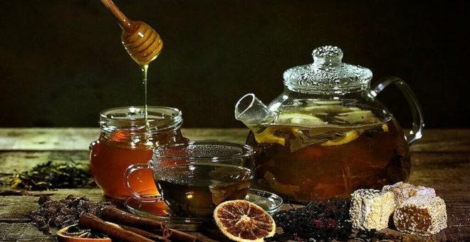 Имбирный чай с лимоном и медом готовить очень просто
