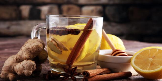 Перед тем, как принимать чай от простуды с имбирем и лимоном и медом, нужно правильно выбрать корнеплод