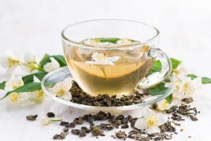 Чашка чая с жасмином